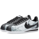 S72o5539 - Nike W Classic Cortez Cherry Blossom Wolf Grey, Black & White - Men - Shoes